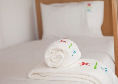 Estela-Surf-Hostel_towel